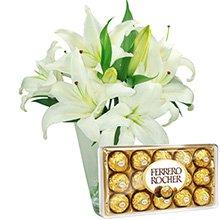 Lírios Brancos com Ferrero Rocher(Vaso não Incluso)