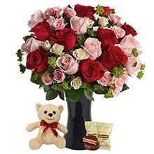 Magnífico Mix de Rosas, Pelúcia e Alfajor