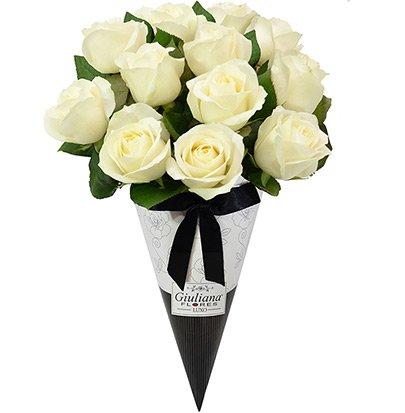 Magnífico Cone de Rosas Brancas