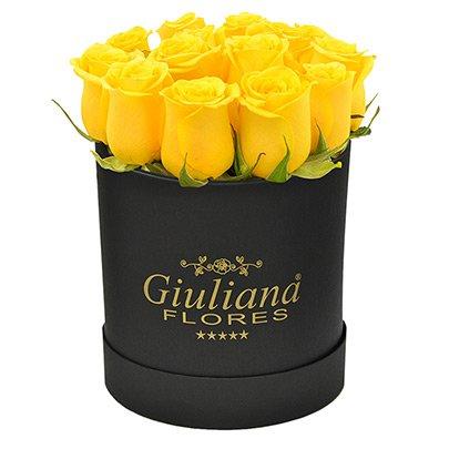 Majestosas Rosas Amarelas Black