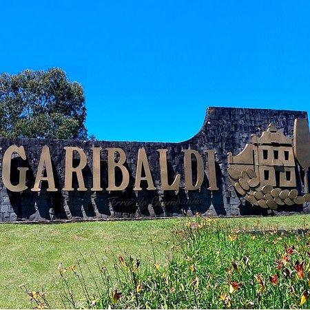 Foto do Letreiro de Garibaldi - Fonte: Passeios.org