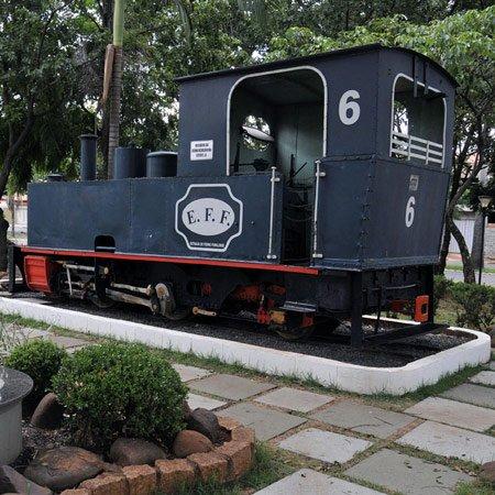 Foto da Locomotiva a Vapor da Estrada de Ferro Funilense