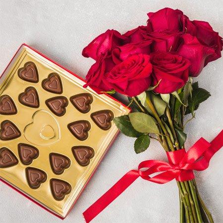 Buquê Romântico de Rosas Vermelhas com Chocolate em forma de coração