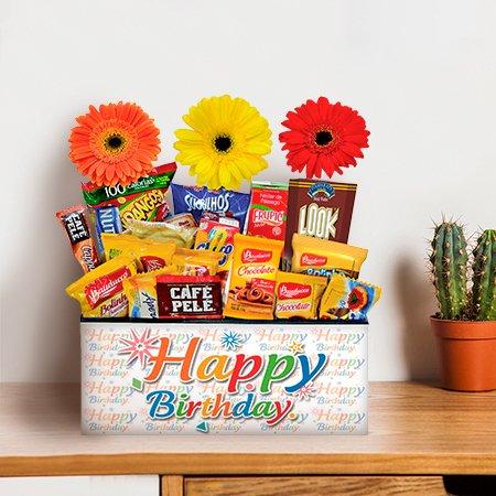 Cesta de Aniversário com Flores