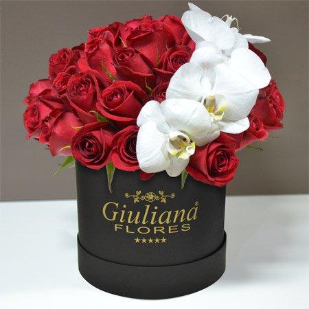 Rosas Vermelhas com Orquídeas na Caixa Giuliana Flores