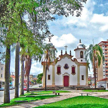 Foto da Cidade de Campo Belo - Igreja Matriz