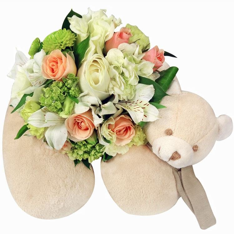 Buquê de Mix de Flores com Alfomada Encanto de Bebê