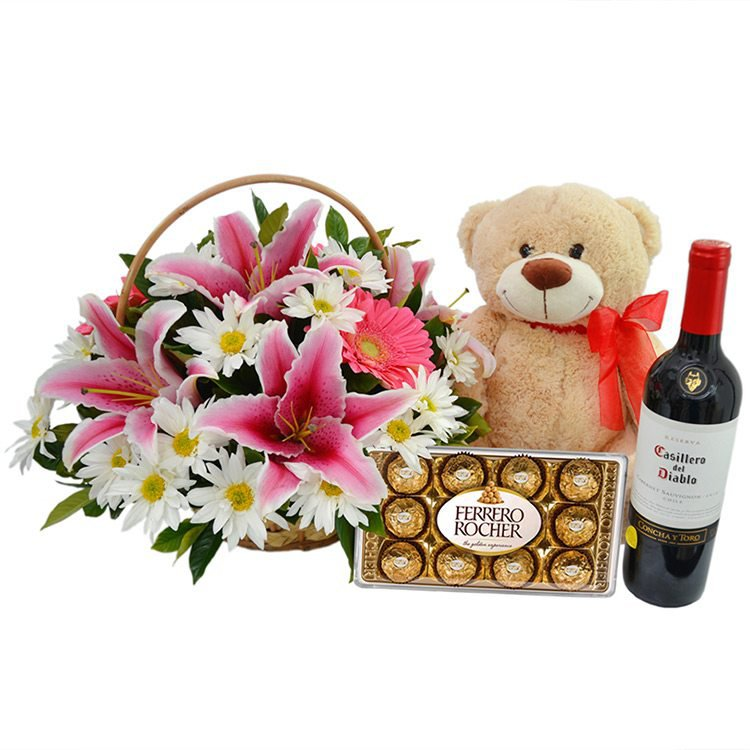 Kit Mix de Flores Pink com Pelúcia, Vinho e Chocolate