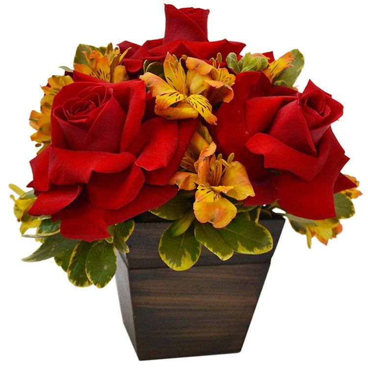 Arranjo Mix de Flores Nobres