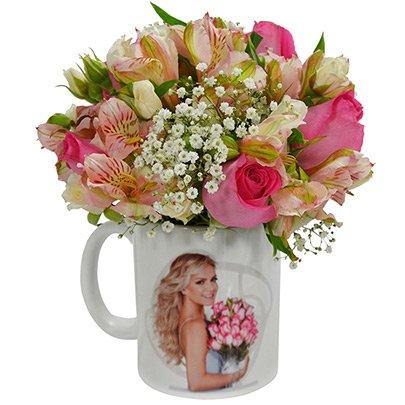 Caneca Eliana Com Mix de Flores Pink