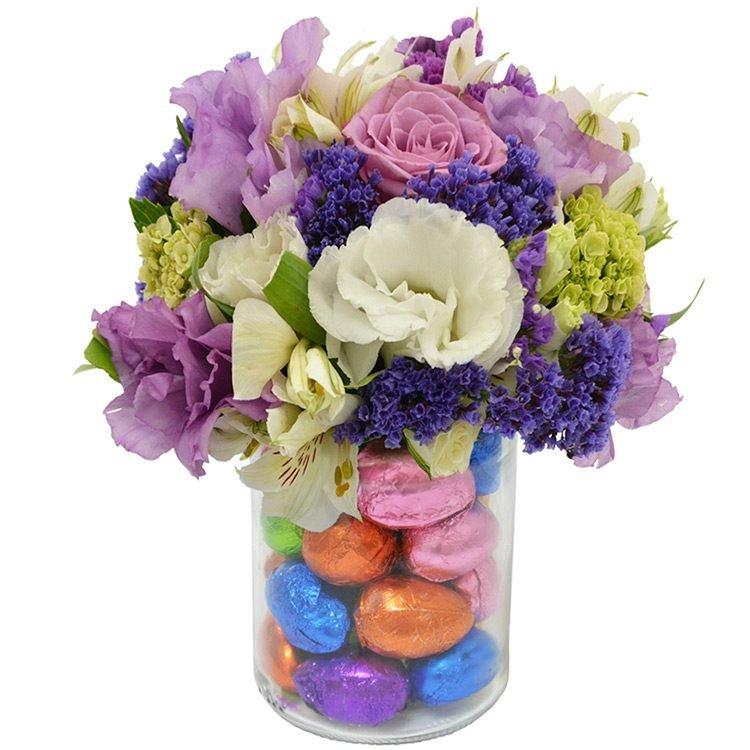 Mix de Flores com Ovinhos de Páscoa