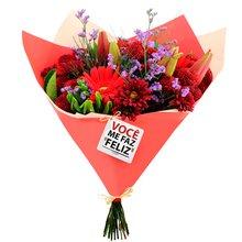 Buquê de Mix de Flores Você me Faz Feliz