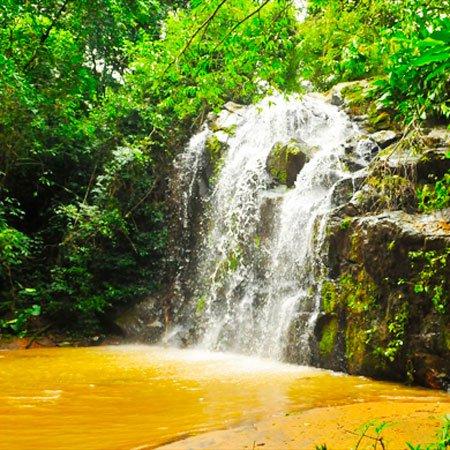 Foto da cachoeira de São João da Boa Vista